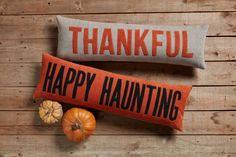 Halloween home decor is here, Happy Haunting! #mudpiegift #fallhomedecor #falldecor #halloweenhome Halloween Dip, Halloween Home Decor, Halloween House, Fall Home Decor, Autumn Home, Halloween Pumpkins, Mud Pie Gifts, Long Pillow, Orange Background