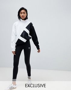 Buy adidas Originals Leggings With Stripe Cuffs In Black at ASOS. Get the latest trends with ASOS now. Adidas Originals Leggings, Jogger Pants Style, Trendy Hoodies, Korean Fashion Casual, Adidas Outfit, Sporty Outfits, Sporty Look, Hoodie Dress, Moda Online