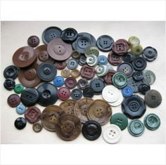 job lot of plastic deco buttons many colours & detail (2) on eBid United Kingdom