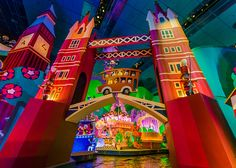 """It's A Small World Paris 
