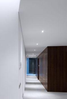 Hallway, Casa Vale do Lobo in Portugal by Arqui + Arquitectura _