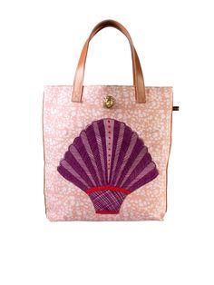 Okin I Shopper Bag#africandesign, #africantextiles, #Evasonaike, #africanprints, #africanfashion, #popularpic, #luxury, #africanbag #picoftheday #picture #look #mytrendesire #cool #africandecor #decorating #design #vintagesafari #OKIN
