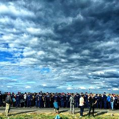 Thousands Refugees arriving at the Serbian Hungary border#refugees #photooftheday #serbsian #Hungarian#border