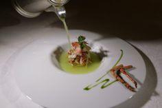 """""""Bretonischer Hummer - Gemüse-Julienne, Granny Smith Apfelsaft mit Stangensellerie"""" von Martin Dalsass (Dine & Wine 2012)"""