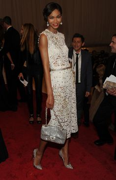 MODEL CHANEL IMAN IN DOLCE AND GABBANA