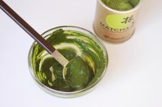 DIY Rejuvenating Green Tea Matcha Mask : It makes your skin feel and look like silk.