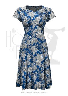 Wartime Sweetheart Tea Dress - Fashion & style - vintage reproduction Love the style. Not so much the print. 1940s Tea Dress, Vintage 1950s Dresses, Retro Dress, 1940s Outfits, Vintage Style Outfits, 1940s Fashion, Vintage Fashion, Day Dresses, Dress Patterns