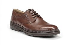 Modelo. 9586   Pistón es confort. Zapato de hombre de carácter sport con cierre de cordones fabricado con pieles de ternera engrasada de primera calidad, blandas y flexibles. Con un estilo característico, es ideal para los que priman la comodidad. Cuenta con una plantilla extraíble para mejorar la comodidad y la higiene. Piso personalizado FLUCHOS superligero, dotado con las tecnologías de AIR y SHOCK ABSORBER eliminando la absorción de impactos y el esfuerzo al caminar. Hecho en España