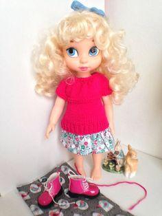 Trying on for size Disney Animator Doll, Disney Dolls, Tiana, Merida, Aladdin, Pocahontas, Disney Animators Collection Dolls, Elsa, Cinderella Doll