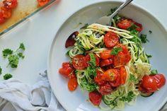 Du kan også brukes squash-spaghetti til vanlig kjøttsaus. Pasta Salad For Kids, Healthy Pasta Salad, Pasta Salad Recipes, Caprese Salad, Kids Nutrition, Health And Nutrition, Vegan Spaghetti Squash, Kid Desserts, Food Security