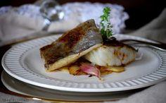 Bacalao al aceite de ajo y guindilla con sus patatas al mismo aceite Cod Fillet Recipes, Spanish Food, French Toast, Fish, Breakfast, Barbacoa, Blog, Gastronomia, Easy Recipes