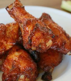 A tasty rub and 10 minutes' prep time make these barbecue baked chicken wings the ultimate finger food! - Everyday Dishes & DIY