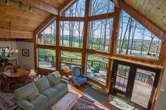 What's not to love about all this natural light ?! We love when lots of windows meet an open layout. There are so many beautiful homes at Deep Creek Lake!