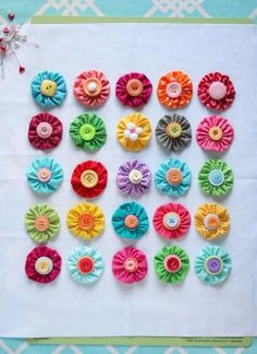 Yo-Yo Pillows-Great beginning sewing project to do with the kids!