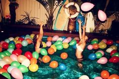 stick a glow stick in each ballon such a good idea for night time pool parties!