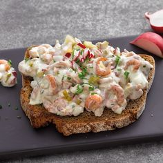 Toasted Bread with Crab Salad Recipe WW Germany - Now cook toasted bread with crab salad and discover numerous other Weight Watchers recipes. Pizza Recipes, Brunch Recipes, Salad Recipes, Healthy Recipes, Plats Weight Watchers, Weight Watchers Meals, Breakfast Pizza, Breakfast Casserole, Mexican Breakfast Recipes