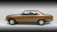 Mercedes E Class Coupe, Old Mercedes, Mercedes Models, Classic Mercedes, Mercedes Benz Cars, Sl Logo, Motor Car, Auto Motor, Motor Sport
