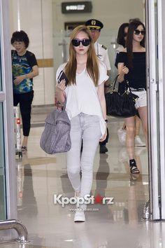 SNSD Jessica airport fashion