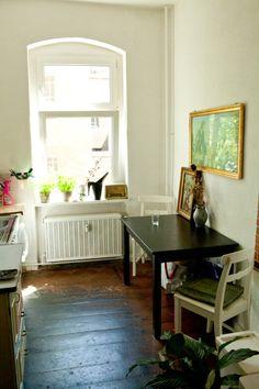 Freunde von Freunden — Theresa Martinat — Photographer and Writer, Apartment, Neukölln, Berlin — http://www.freundevonfreunden.com/interview...