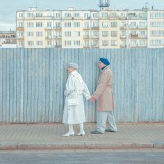 Poetic Portraits Before Walls by Maria Svarbova – Fubiz Media