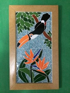 quadros em mosaico de azulejos Mosaic Animals, Mosaic Birds, Mosaic Wall, Mosaic Glass, Stained Glass Designs, Stained Glass Patterns, Mosaic Patterns, Mosaic Crafts, Mosaic Projects