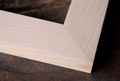 Make a mitered corner by joining two pieces of wood, each cut at a angle. The miter joint does not require a lot of special tools or setup time, yet it's useful in a variety of applications. Wood Turning Lathe, Wood Turning Projects, Wood Lathe, Wood Projects, Woodworking Joints, Learn Woodworking, Bed Is Calling, Cast Iron Beds, Small Pen