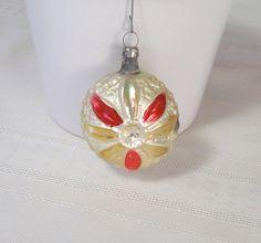 RARE Mercury Glass Flower Ornament 1920s / 1930s gorgeous antique Christmas decoration.
