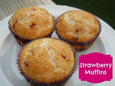 These delicious strawberry muffins are bursting with flavor. The recipe is versatile enough that other fruits can be interchanged. via @Kdkaren