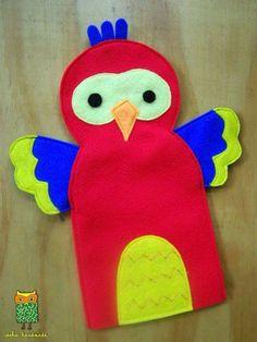 pappagaai en meer, eigenlijk handpoppen maar mooie voorbeelden en ideeen voor vingerpoppetjes