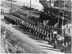 marching at PAEKAKARIKI - 1942-1944, United States troops .. OWR 12 Nov 2014