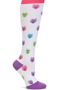 Comfortable, non-binding and ultra-soft, the Nurse Mates Women's 12-14 mmHg Graduated Compression Trouser Sock looks provides advanced support in style. Choose from a wide selection of prints to ad...