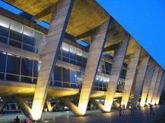 MAM - Museu de Arte Moderna do Rio de Janeiro/ Rio de Janeiro's Museum of Modern Art, Rio de Janeiro-RJ. Projetado por Affonso Reidy, foi construído em 1948. Designed by Affonso Reidy, built in 1948. Posted by Luiza Lacerda