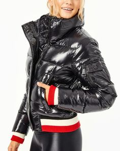 Modern Wardrobe, Striped Knit, 5 S, Fashion Forward, Active Wear, Fitness Models, Winter Jackets, Running, How To Wear