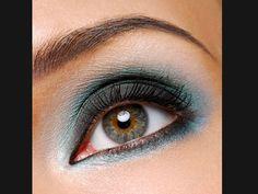Maquiagem em tons de azul e verde está em alta. Veja looks para inspirar - Dicas - Beleza GNT