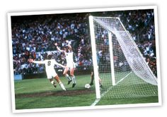 """it is Peter Withe"""" - The winning (and only goal) in the 1982 European Cup Final. 30 Years this year. Aston Villa Players, Super Club, Team Games, European Cup, Great Team, Rotterdam, Munich, 30 Years, First World"""