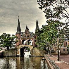 Visit Waterpoort Sneek Netherlands, and see my friend Djura!! Miss you! <3