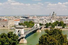 Take a city trip to wonderful Budapest! Discover the most beautiful tourist attractions by bus and on a guided walk through the historic centre. Day Trips From Vienna, Capital Of Hungary, Budapest, Paris Skyline, Most Beautiful, Tours, City, Travel, Viajes