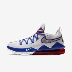 """Already worn by LeBron earlier this week ahead of the All-Star Game, Nike has now given us official images of the upcoming Nike LeBron 17 Low """"Toon Squad.""""As the name suggests, this Nike Le Nike Lebron, Lebron 17, Lebron James, Nike Air Max, Nike Sb, Nike Zoom, Nike Basketball, Yeezy, Toon Squad"""