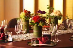 Flowers in bamboo vases Japanese Party, Japanese Wedding, Japanese Modern, Outdoor Wedding Decorations, Reception Decorations, Table Decorations, Wedding Table, Wedding Reception, Multicultural Wedding