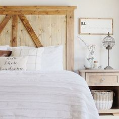 Love this simple decorating - not over done.