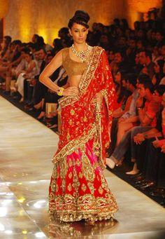 manish malhotra has done it again..!