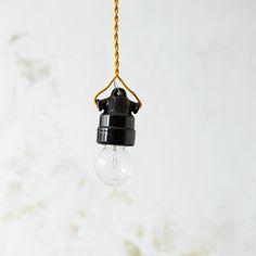 「オリジナル裸電球ランプ・セラミカ/ブラック」の紹介・購入ページ by オルネドフォイユWEBショップ