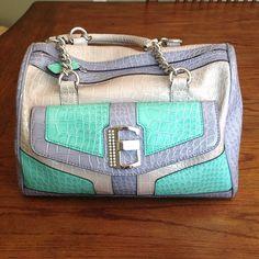 Guess Guess Girl, Guess Purses, Cute Handbags, Cute Bags, Clutch Wallet, Birkin, Other Accessories, Purses And Bags, Shoulder Bag
