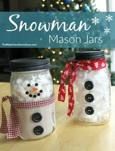 Holiday Snowman Jars - The Make Your Own Zone - Snowman Mason Jars – 2 ideas that are simple to create and perfect for gift giving - Hot Chocolate In A Jar, Hot Chocolate Gifts, Chocolate Chocolate, Chocolate Dipped, Mason Jar Snowman, Christmas Mason Jars, Christmas Deco, Xmas, Easy Homemade Gifts