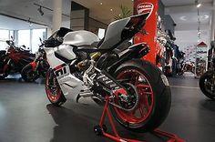 Ducati 899 Panigale, sofort verfügbar as Sports/Super Sports Bike in Neureichenau