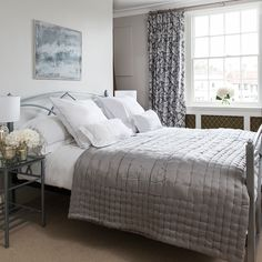 Ideal Home Nov 2017 p26 Neutral bedroom with patterned curtains