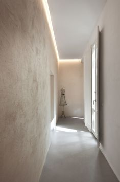 Double level apartment renovation in Siena , Siena, 2016 - CMT architetti Corridor Lighting, Hall Lighting, Interior Lighting, Apartment Renovation, Apartment Interior, Lighting Concepts, Lighting Design, Lighting Ideas, Siena