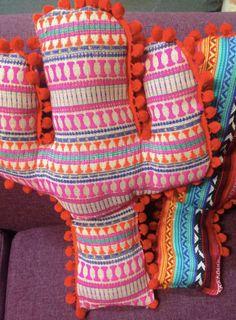 Almohada de cactus por ColourPopElectric en Etsy