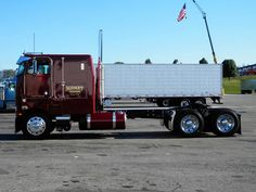 Awesome Peterbilt 362