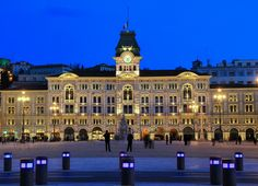Piazza Unita' Trieste Trieste, Regions Of Italy, Italy Tours, Northern Italy, Travel Memories, Real Madrid, Wonders Of The World, Big Ben, Louvre